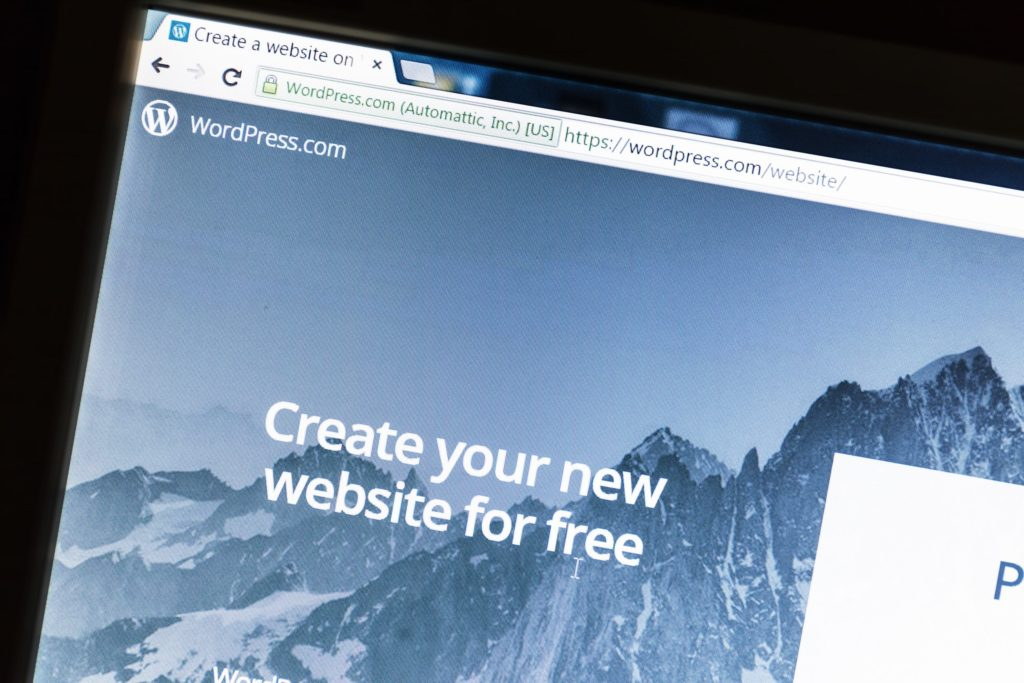 10 Reasons Why WordPress Is Way Better Than Squarespace Or Wix